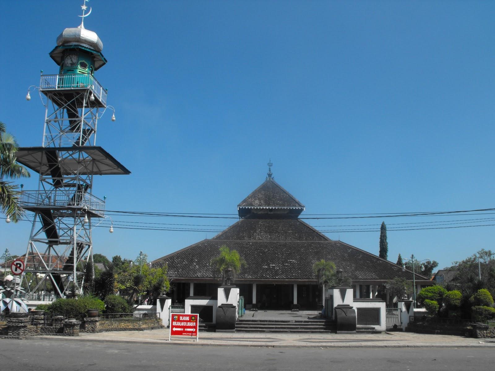 Masjid Peninggalan Kerajaan Islam Indonesia ~ DASBOR ...