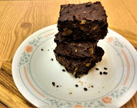 Keto/Paleo Fudgy Brownies with Pumpkin Seeds and Macadamias (gluten-free, dairy-free, grain-free, lchf, sugar-free).jpg