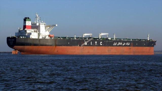 Barco con gasolina iraní zarpa hacia Venezuela, EEUU reitera amenazas