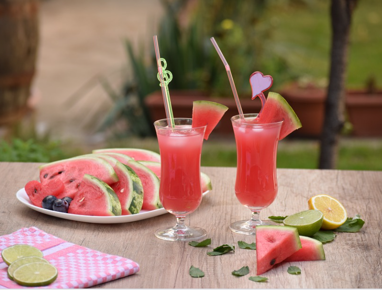 How Drinking Watermelon Juice Can Benefit Your Kidneys