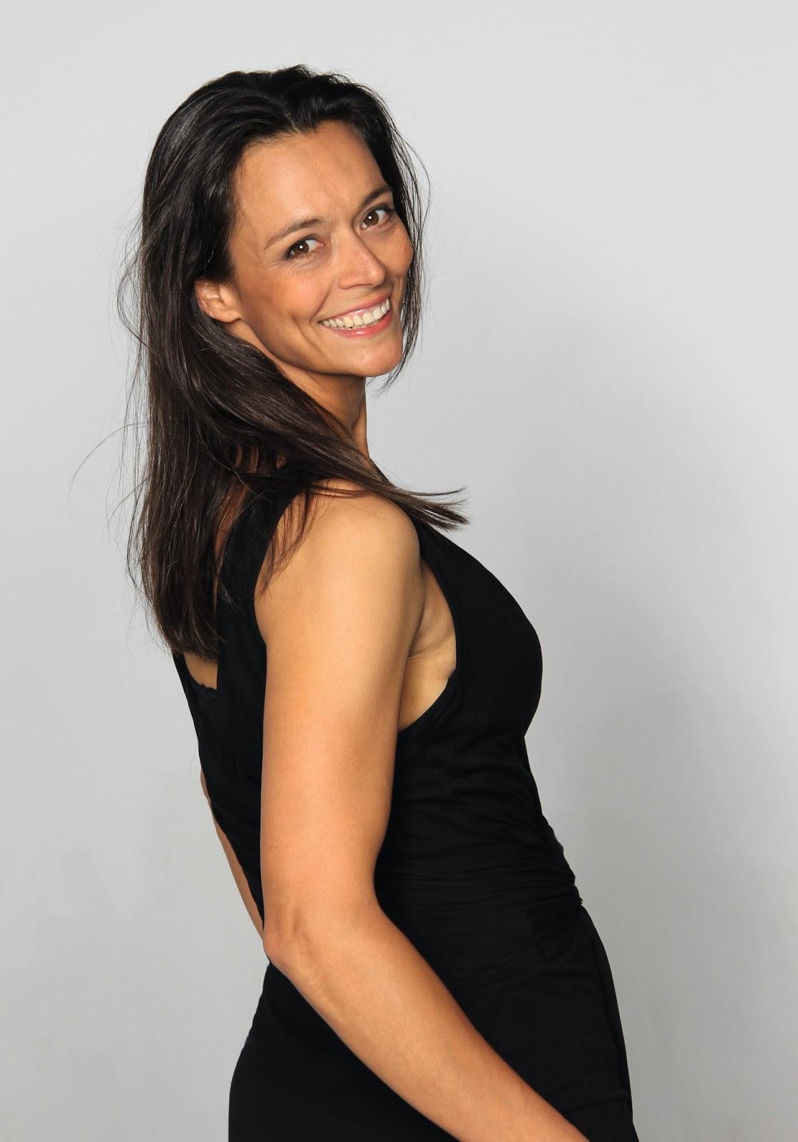 Yvonne De Bark
