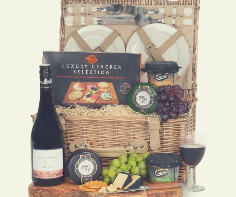 Christmas Gift Ideas For Your Wife / Husband | Enjoy some time together with this luxury food hamper.