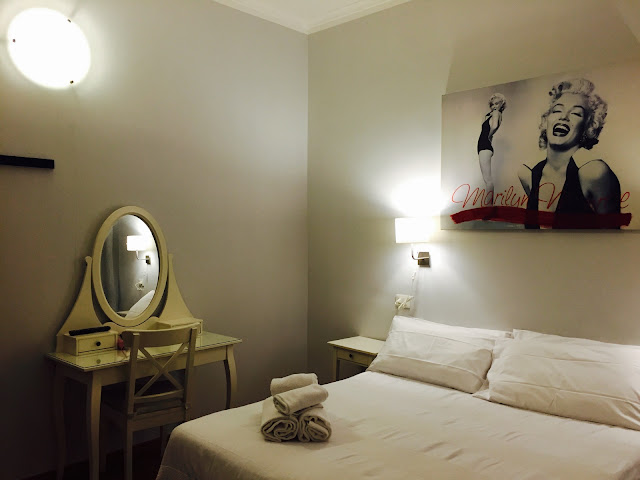 Villa Borghese Guest House room and Marylin