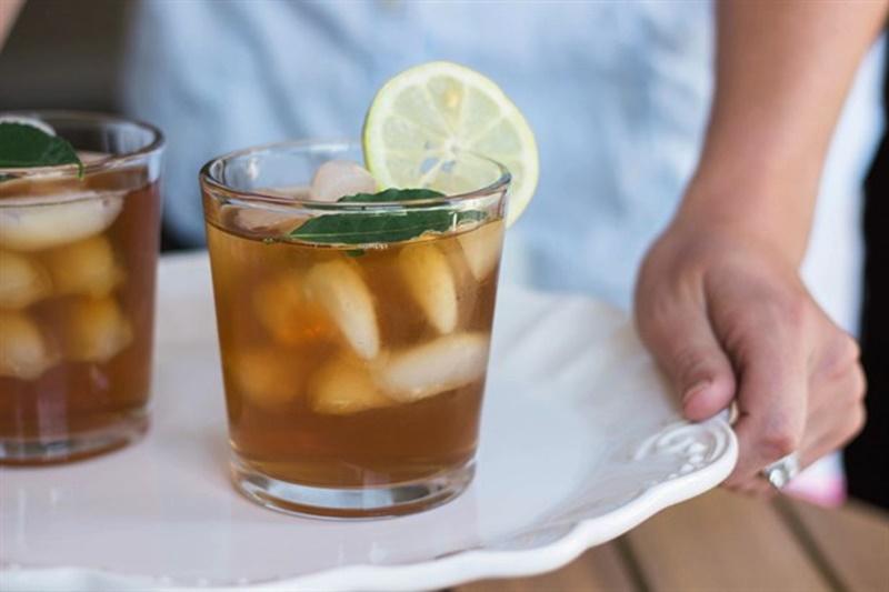 Sıcak havalarda serinleten sağlıklı içecekler