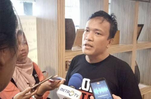Jokowi Mania: Batalkan Bintang Mahaputra Ke Fahri Hamzah dan Fadli Zon!