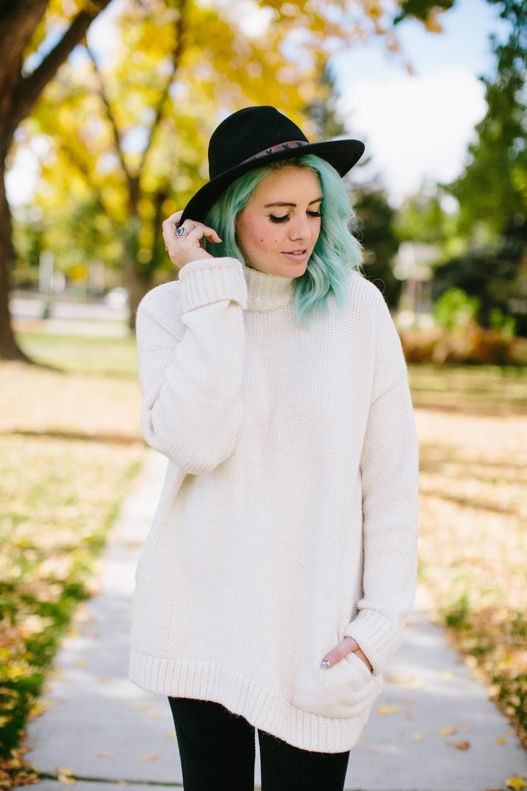 Blue Hair, Fall sweater, Fall look