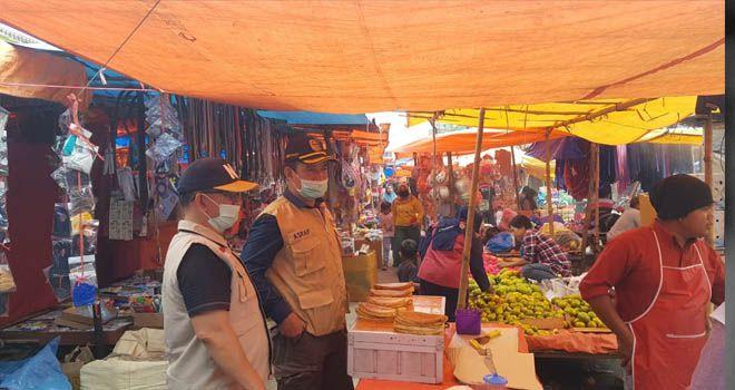 Warga Acuhkan Protokol Kesehatan Covid-19 Di Pasar Tradisional KERINCI
