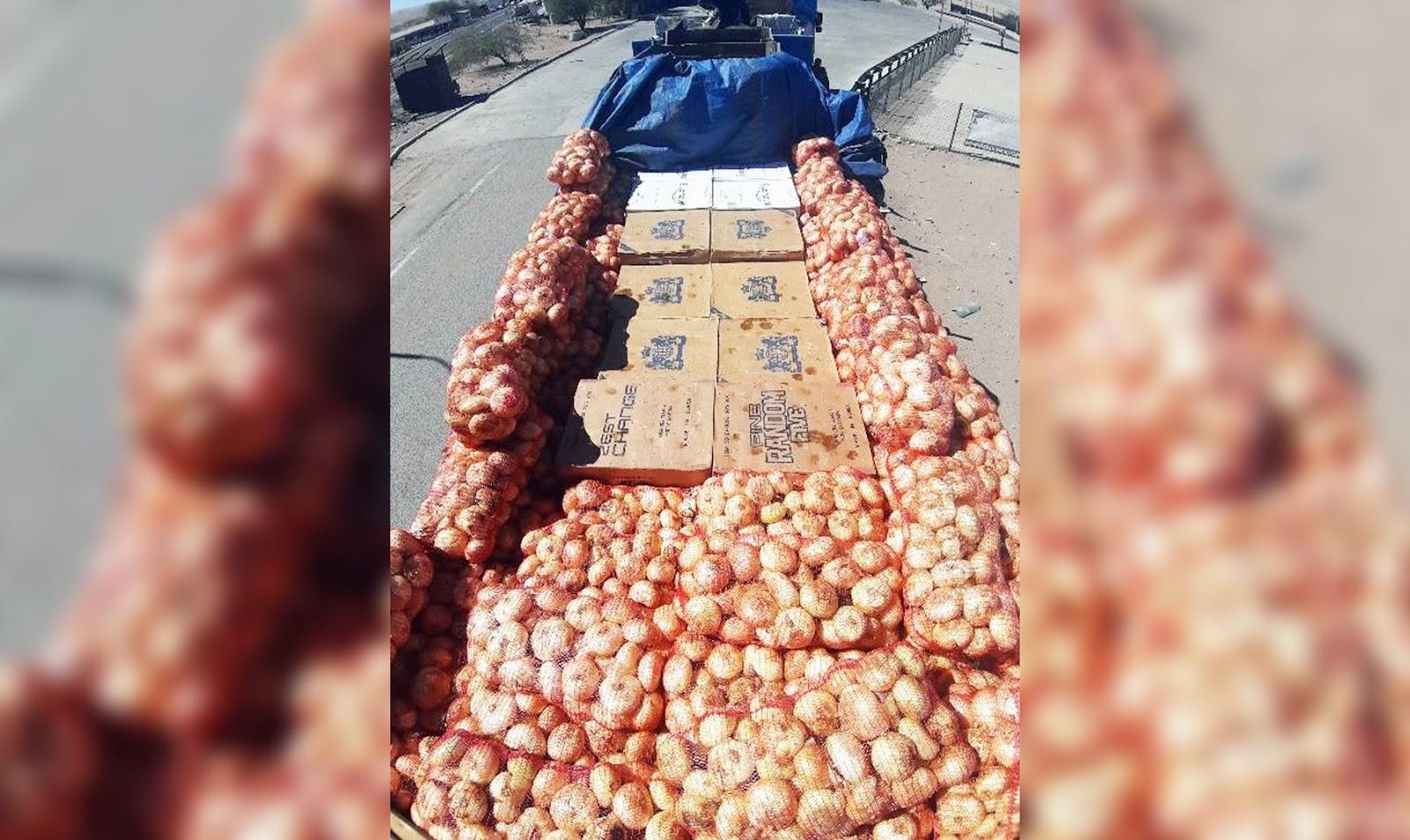 Camión transportaba 165.940 cajetillas de cigarrillos camufladas con cebollas