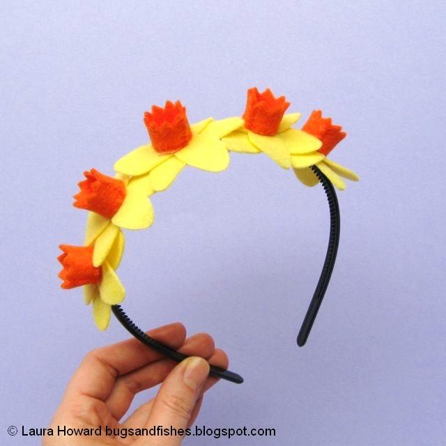 http://bugsandfishes.blogspot.com/2020/03/daffodils-headband-spring-flowers-craft-tutorial.html