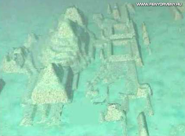 Óriás piramisokat és szfinxeket találtak a Bermuda háromszögben