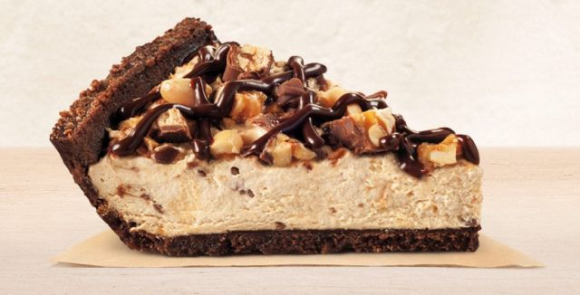 snickers crema  Burger King Adds New Snickers Creme Pie | Brand Eating