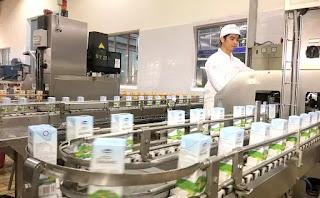 Một dây chuyền sản xuất sữa của Vinamilk.