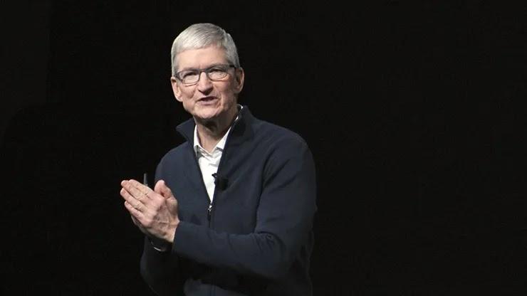 Тим Кук – генеральный директор Apple