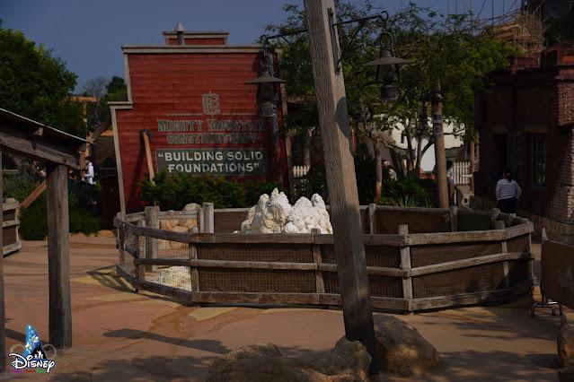 HKDL粉飾工程記錄2021年3月中旬號, Hong-Kong-Disneyland- Refurbishment-Updates-Mid-March-2021