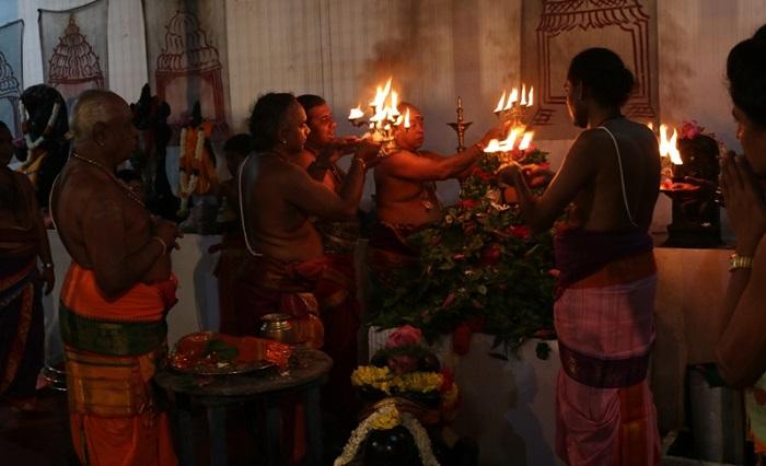 மன்னார் திருக்கேதிஸ்வர ஆலயத்தில் சிறப்பாக இடம் பெற்ற மஹா சிவராத்திரி நிகழ்வு