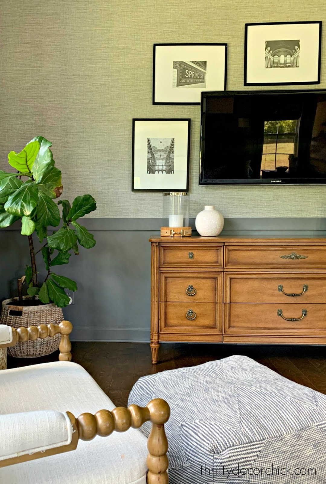 grasscloth wallpaper gray walls
