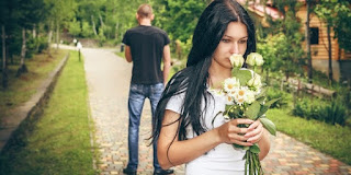 Perpisahan memang dapat membuat hati terluka, tapi hanya luka sementara