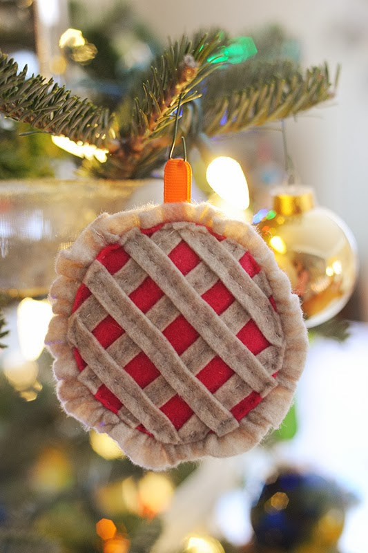 Twelve Days Of Christmas Felt Ornaments.Rust Sunshine 12 Days Of Christmas Day 7 Felt Berry