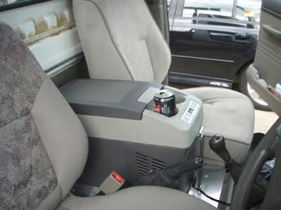 Tủ lạnh trên ô tô