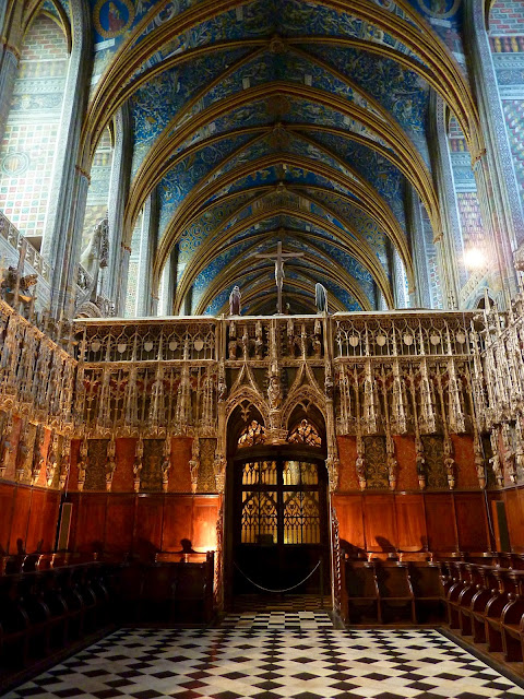 Interior. Galeria del coro de la Catedral de Albi