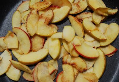 Omelette aux pommes et au lard