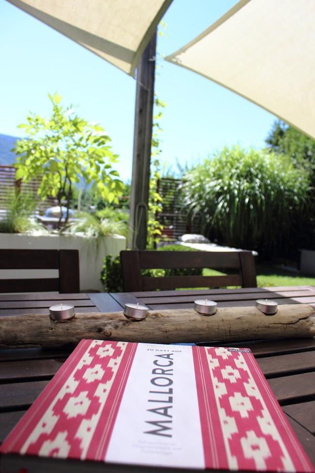 Südtiroler Food- und Lifestyleblog kebo homing, Garten, Gartenimpressionen, my garden, kebo unterwegs, Teelichthalter aus Treibholz, DIY, Ikea Applarö