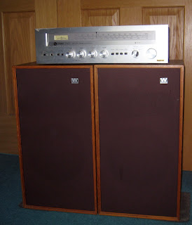 Leak 3200 tuner-amplifier and Wharfedale Glendale XP3 speakers