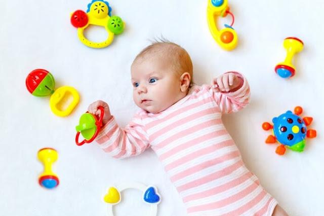 Rekomendasi Mainan Bayi Sesuai Usia Di Bawah 1 Tahun