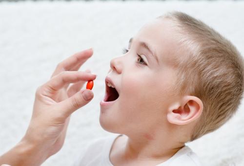 3 Lưu ý khi dùng thuốc kháng sinh cho trẻ