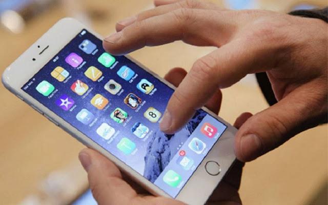 Declaran servicio público a telefonía móvil, internet y TV paga y congelan tarifas hasta fin de año
