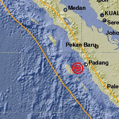 Gempa 6.2 SR Tidak Berpotensi Tsunami, Warga Berhamburan