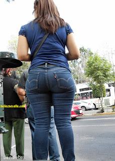 mujeres caderonas pantalon apretado