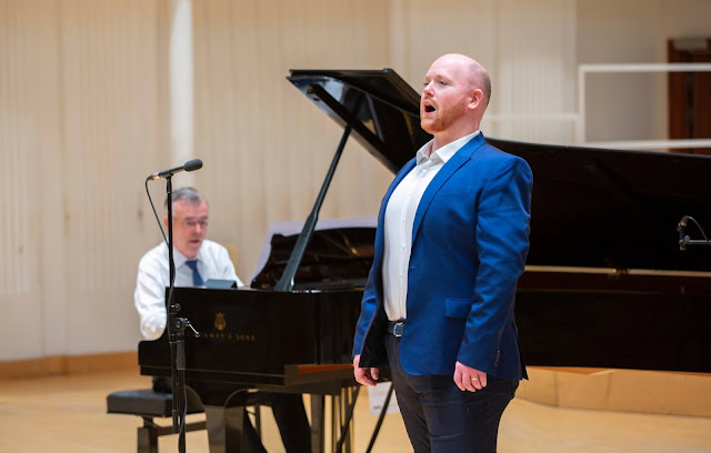 Nicky Spence in recital with Malcolm Martineau (Photo Martin Shields)