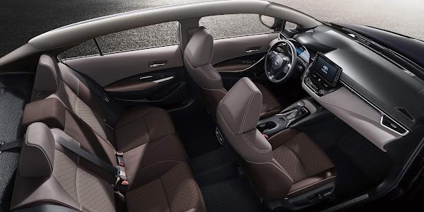 Toyota Allion: Corolla com entre-eixos alongado chega à China