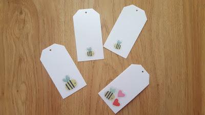 DIY bumblebee gift tags