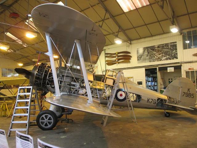 1/144 Shuttleworth diecast metal aircraft miniature Gloster Gladiator