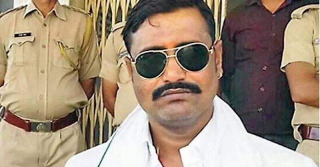 जयपुर - राजस्थान के कुख्यात डकैत जगन गुर्जर ने किया सरेंडर