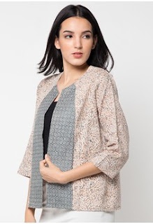 Model Blazer Batik Kombinasi
