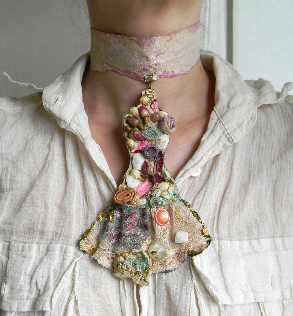 """Garden of Velvet Roses"" Statement Choker Necklace"