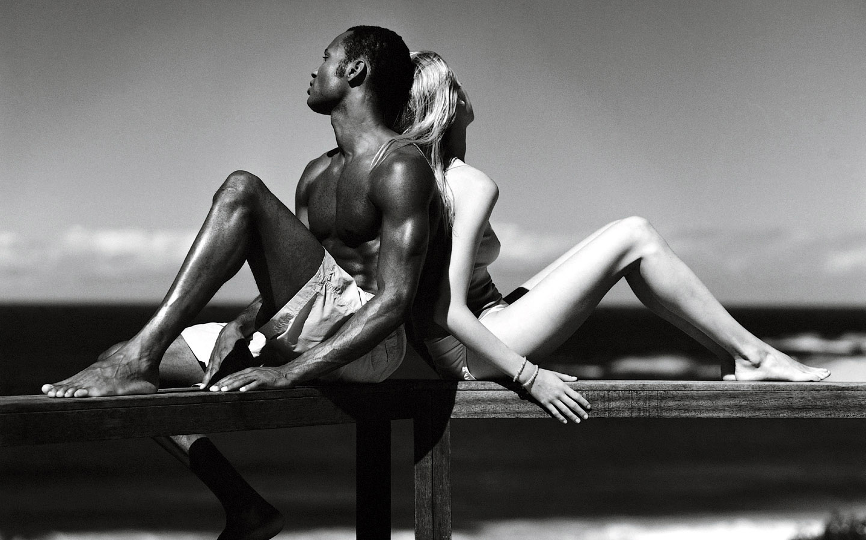 Erotic couple wallpaper