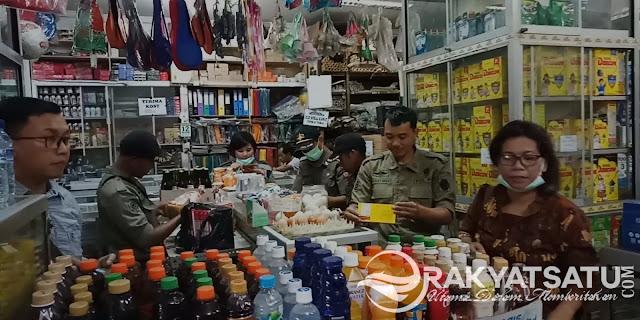 Tim Terpadu Tana Toraja Sita Ratusan Barang Expired yang Masih Dijual Bebas