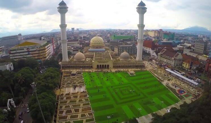 6 Tempat Ngabuburit Di Bandung yang Paling Populer dan Banyak Dikunjungi