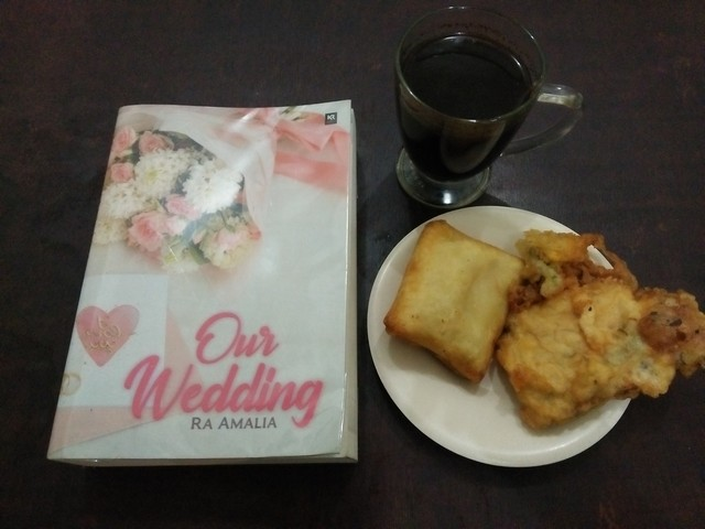 RESENSI BUKU: OUR WEDDING