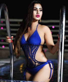 Delhi Escorts Service: A Spicy Delhi Call Girl, Who Offers Exclusive Services
