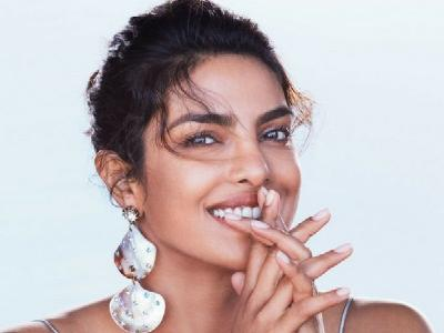 Dare to experiment with shoulder earrings? Priyanka Chopra did and she looks iconic