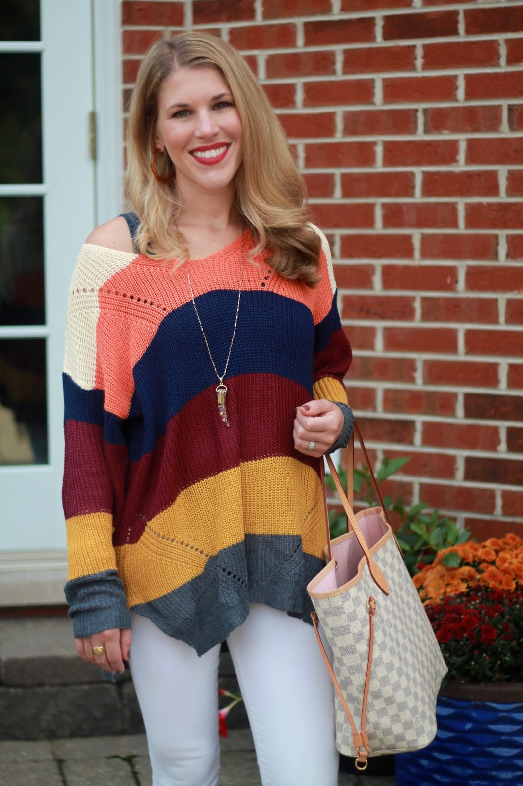 bold stripe tunic sweater, white denim, leopard booties, LV azure neverfull,