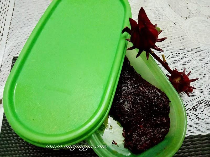 Sambal buah roselle kiriman blogger Azimah