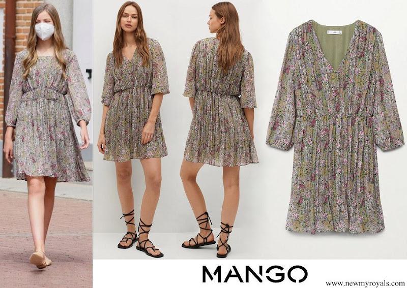 Infanta Sofia wore Mango Printed Pleated Dress