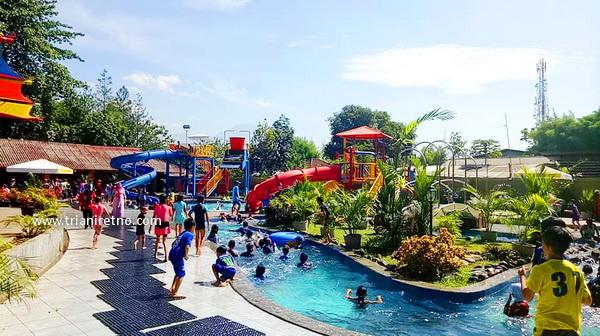 Kolam Renang Air Hangat dan Taman Air di Bandung