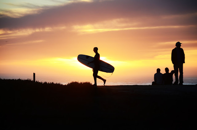 Coucher du soleil, Steamer Lane, Santa Cruz, Californie, USA